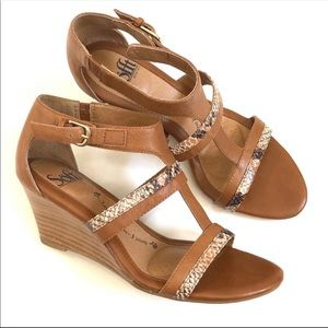 Sofft Pippa T-Strap Wedge Sandals Size 6M